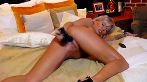 Perfect body LexiMoon is fucking herself quite hard